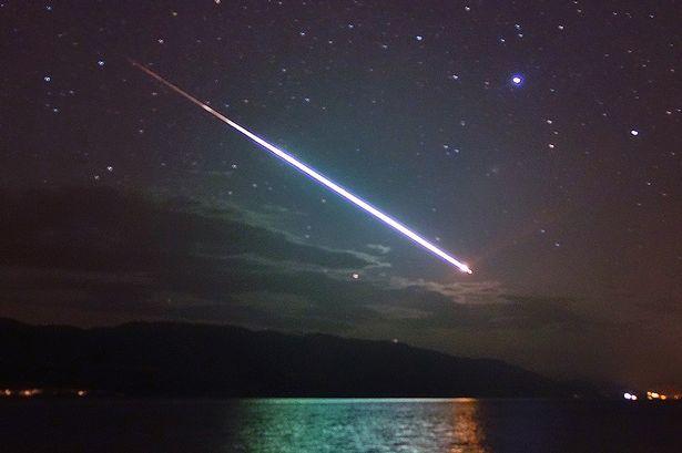 Stjerneskud på himlen i aften