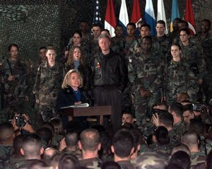 hillary clinton bosnia